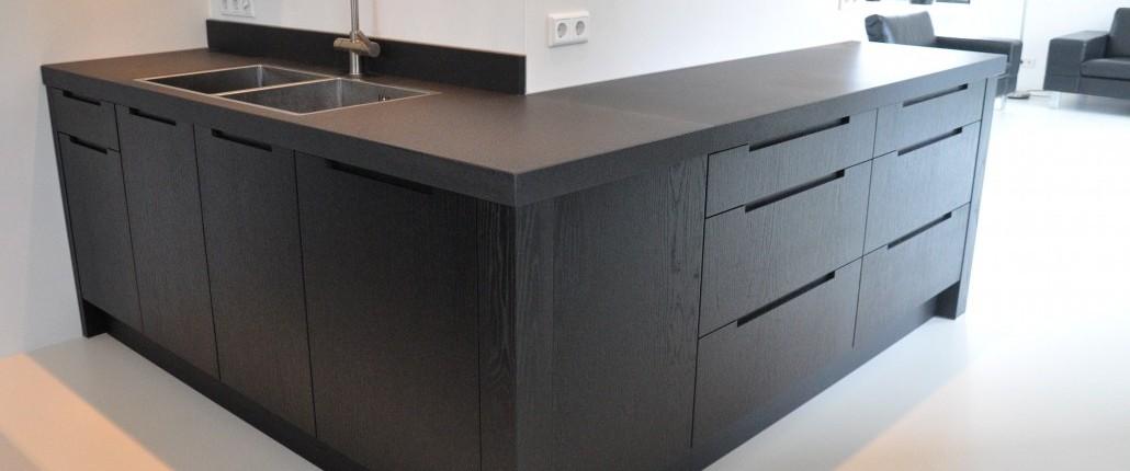 Keuken zwart ~ consenza for .